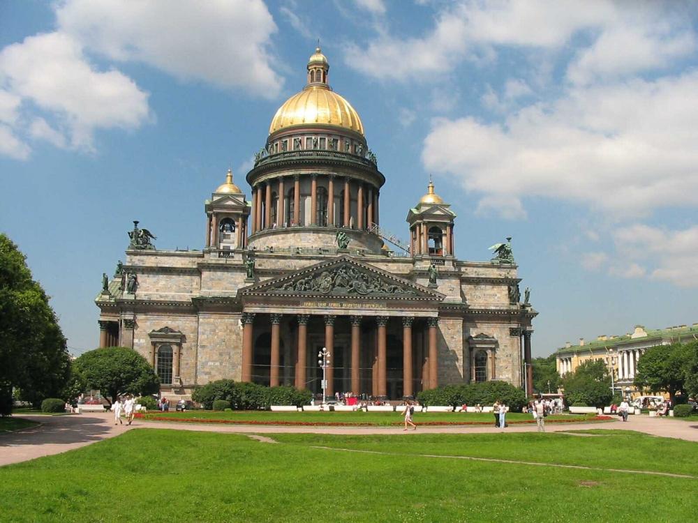 В Петербурге налог на недвижимость вырастет в 3 раза