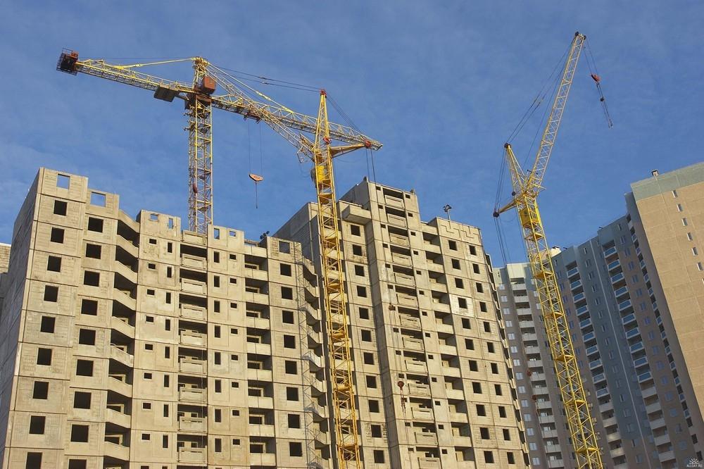 Мень: в сферу ЖКХ и строительства выгодно вкладывать